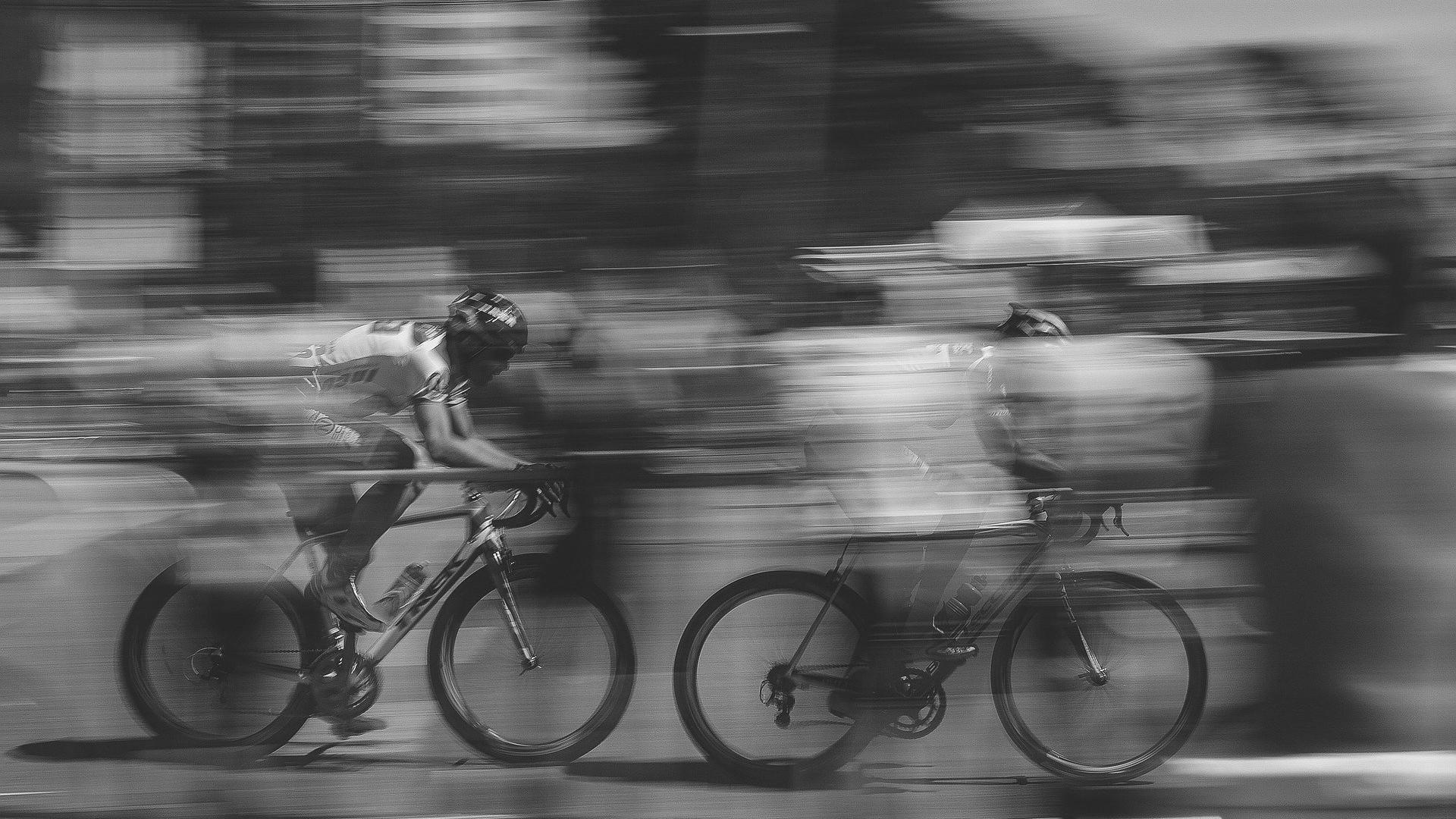 bike-riding-1149234_1920